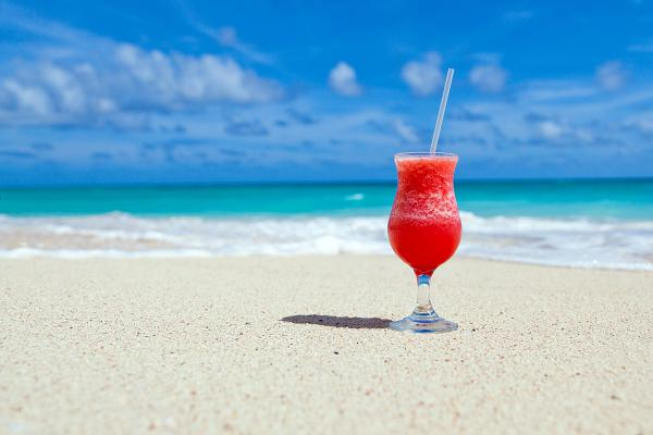 COCKTAIL-IN-SPIAGGIA.jpg
